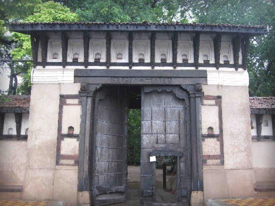 museum-gate