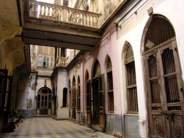 haveli_with_60_rooms_in_old_ahmedabad